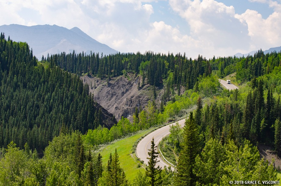 This is a beautiful area in Alberta close to Calgary called Sheep River. It's where the Mountai...