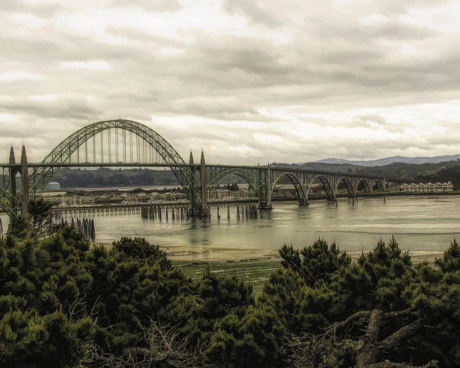 Took this picture in 2007. Love this Bridge. Love Newport, Oregon.