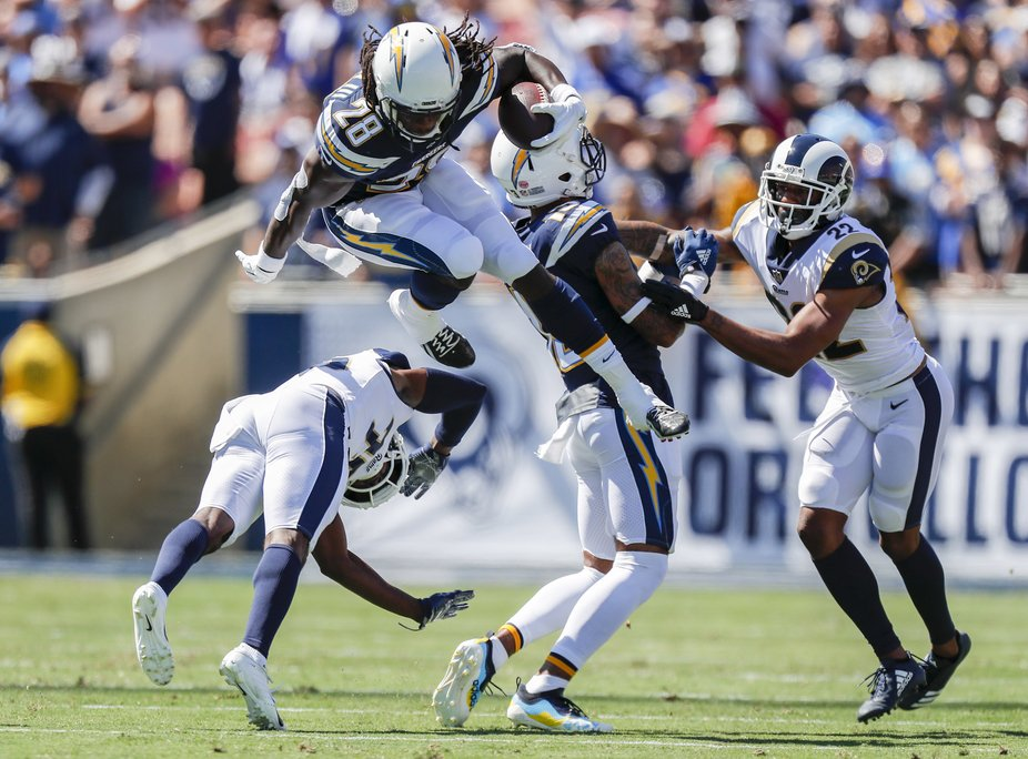 Melvin Gordon leaps over defense