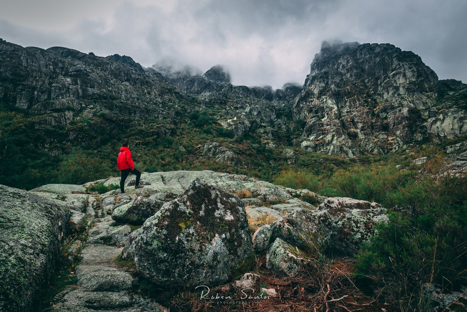 First time visiting Serra da Estrela to enjoy the autumn season, photography and nature.