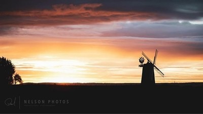 Sunrise windmill. I've wanted to get this shot for ages, so this morning I decided to get up super early and ventured out to get it. . . . . #sunrise #sunrise_sunset_photogroup #sunrise_pics #sunrise???? #sunrise_lovers #sunrise_and_sunsets #sunriseofthed
