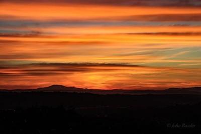 Sunday morning sunrise over LA!  #canonm5 #canon #canonusa #sunrise #sunriseoverla #losangeles #teamcanon #moodygrams #moodygram #cloudyskies #tripod #fallcolors #california #earlyriser #canonphotography #canon_photos #lightroom #johnbasslerphotography
