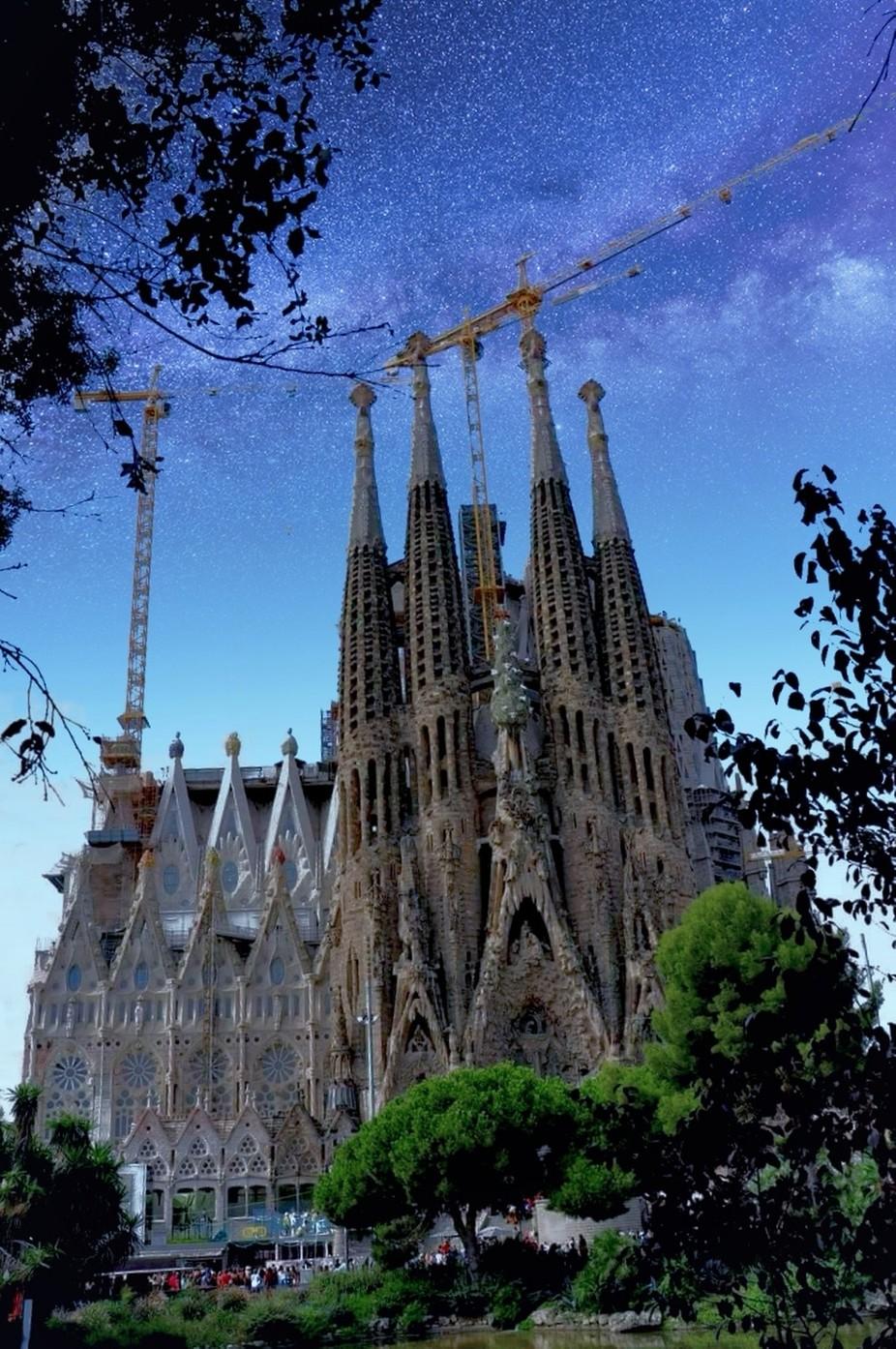 Ein Meisterwerk von Gaudi das 2023 fertig sein soll