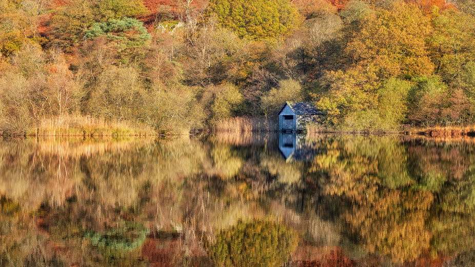 A lone boat house on Rydal Water, Lake District, UK