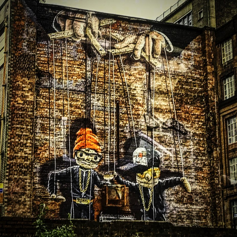 Scotland - one of the best examples of large street art I have seen lately. Was blown away - jumped off the tour bus to get this shot!