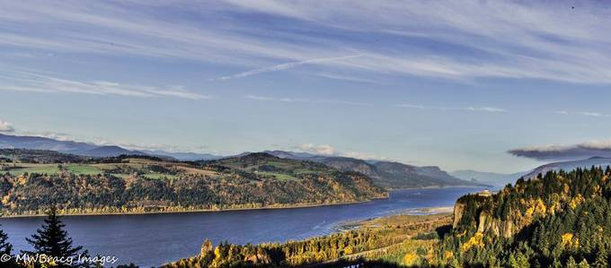 View of the Columbia river gorge include ng Crown point and Rooster Rock on a fall afternoon