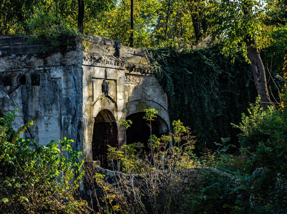 Part of the old abondoned damn in Lockport, IL