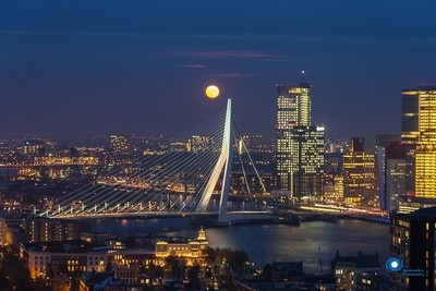 Red Moon over Rotterdam