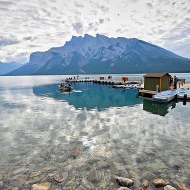 Lake Minnewanka (2) - Banff, Canada