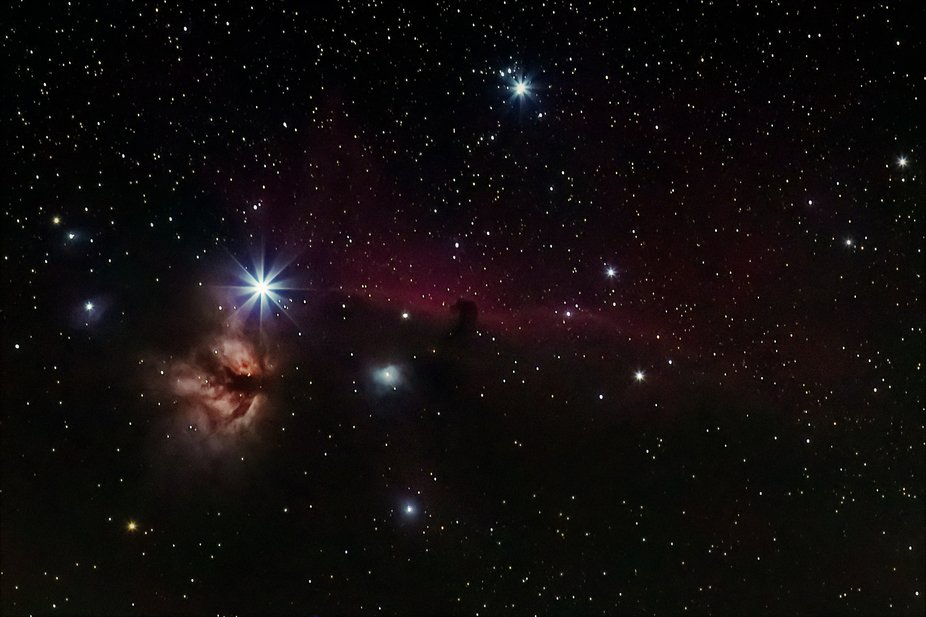 Here are the stars Alnitak and σ Orionis. The Flame Nebula, NGC 2024 (left) and the Horsehead Ne...