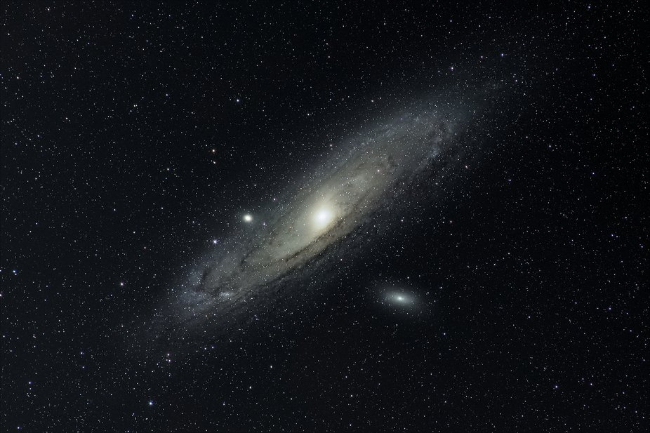 Andromeda galaxy with M 32 and M 110 satellite galaxies.  2.75 hours of imaging time stacked in D...