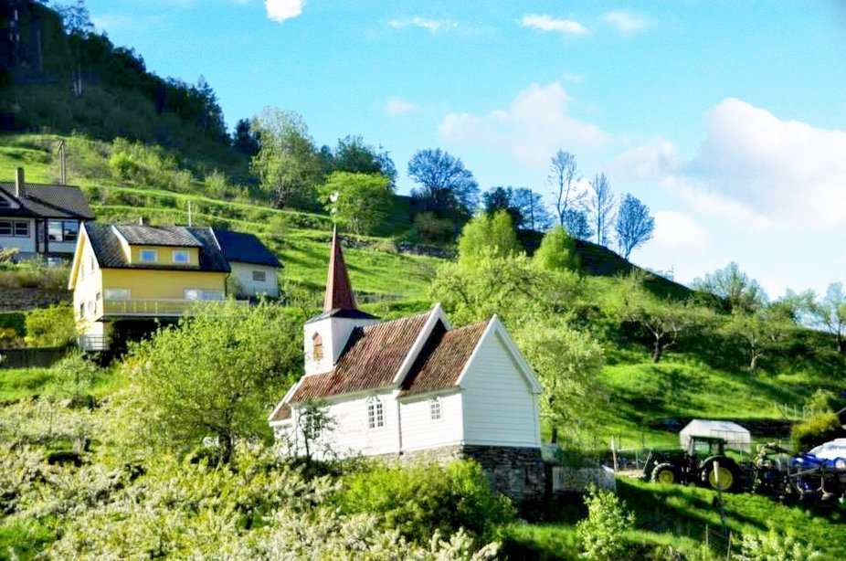 Die einige Kirche in Stavkirke Norwegens in Undredal