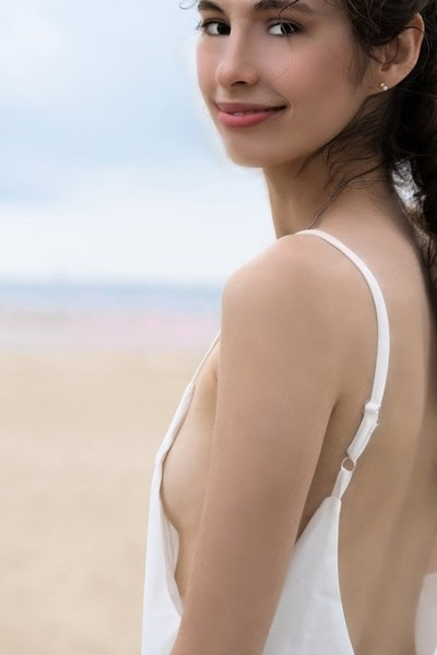 Jessica P :: White Beach Dress Close Up III