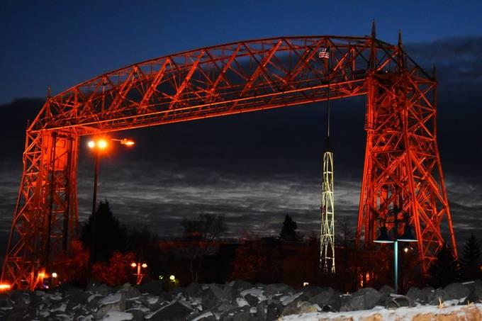 Night photo of liftbridge in Duluth, Mn.