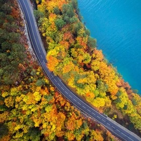 Europe's had one of the best autumn's this year & for the fall break we'd driven to Switzerland. The colours were just magnificent arou...