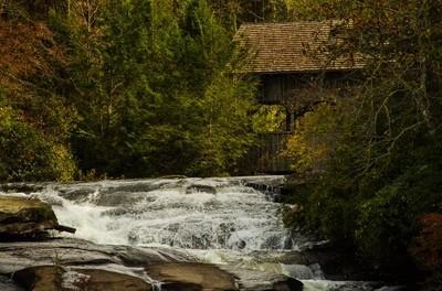 Dry Falls, North Carolina