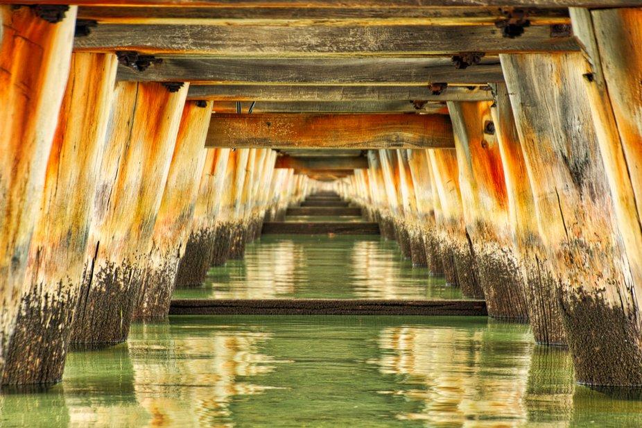 High tide under Longjetty