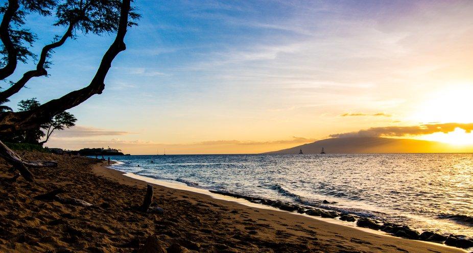 Maui Sunsets and Sailboats