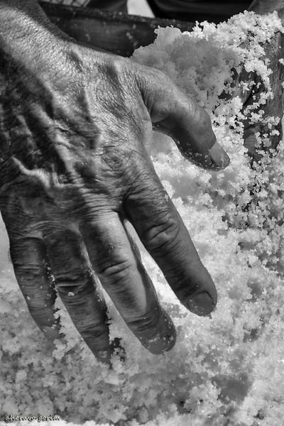salty hand