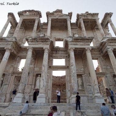 Fachada de lo que fue la mas famosa Biblioteca del mundo antiguo.La Biblioteca de Efeso Turquia.