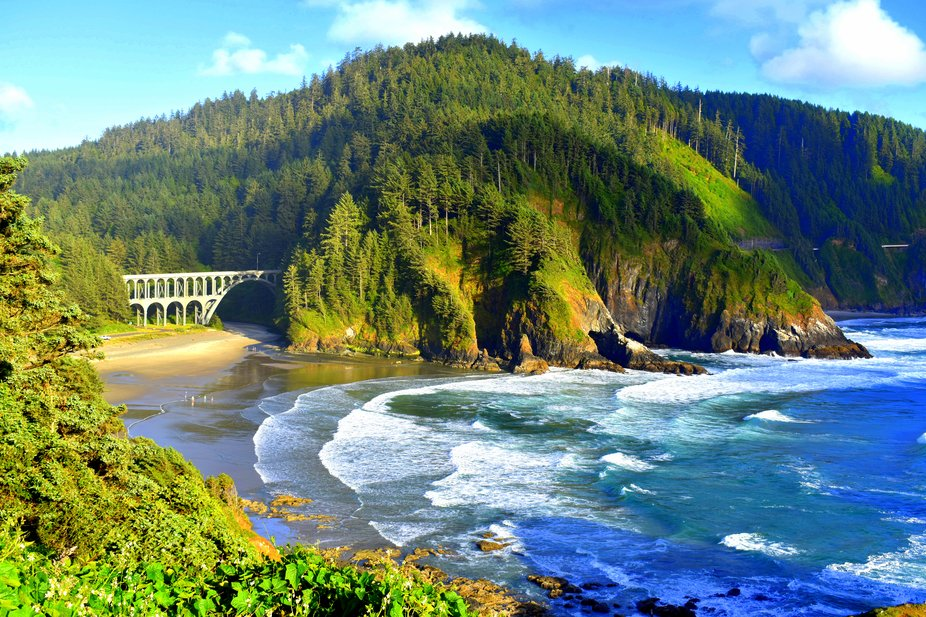 Walking up the trail to Heceta Lighthouse this is the view looking down toward Cape Creek Bridge.