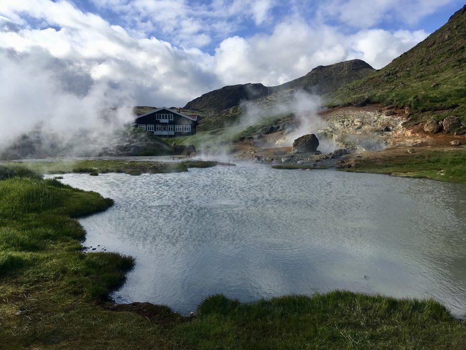 Hidden Hot Springs House