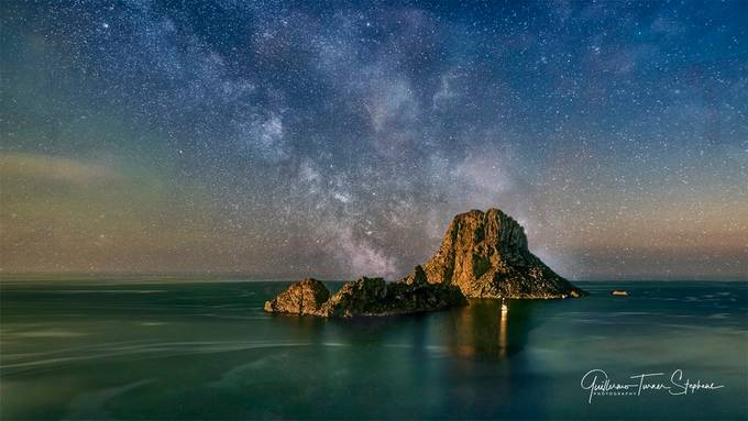 Es Vedrà and the milky way.  by guillermoturnerstephens - Capture The Milky Way Photo Contest