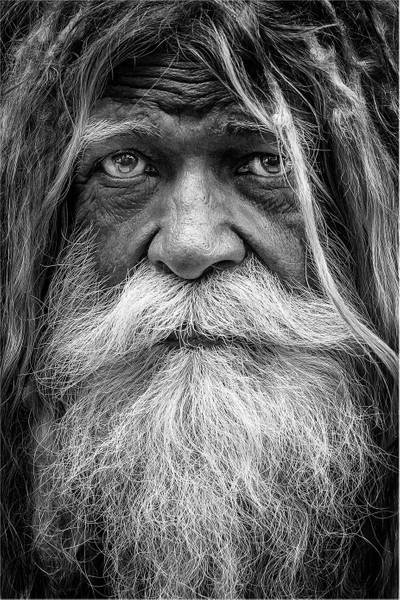Barba y bigote en ByN