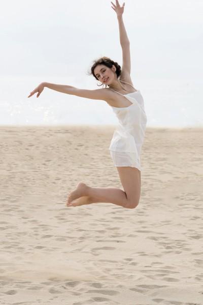 Jessica P :: Beach Dancer III
