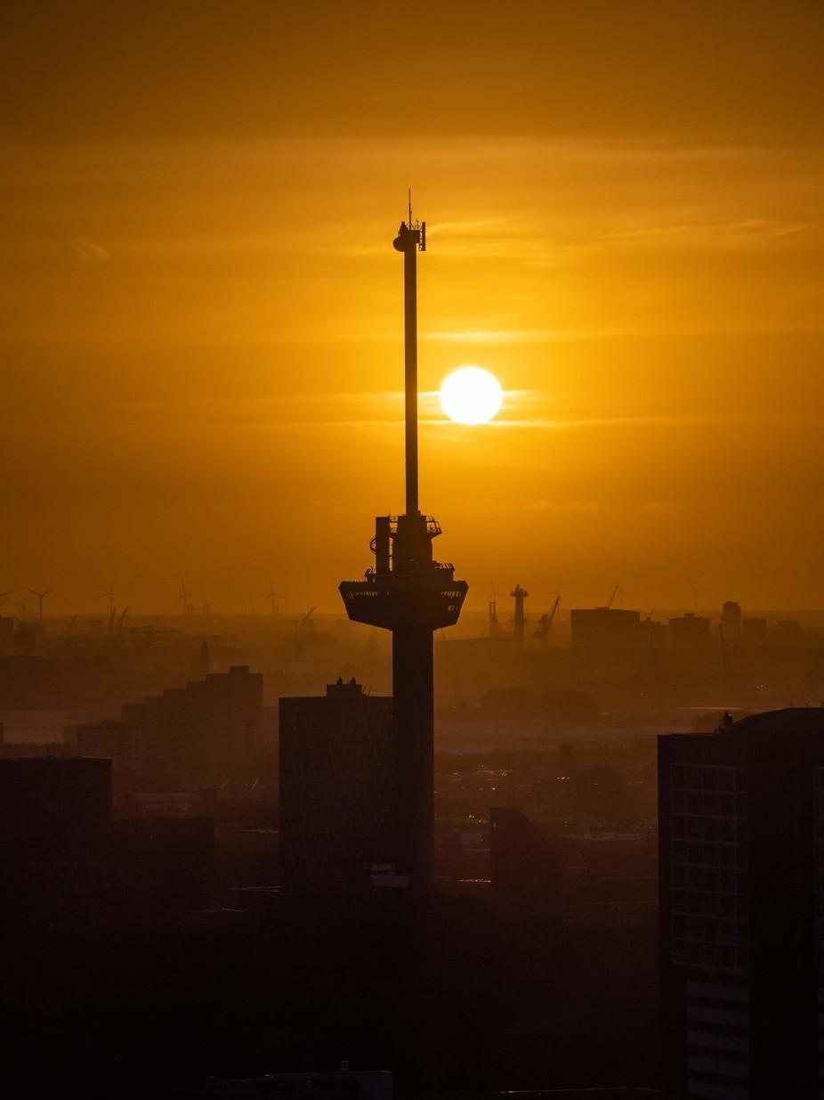 Sunset next to Euromast (Rotterdam)