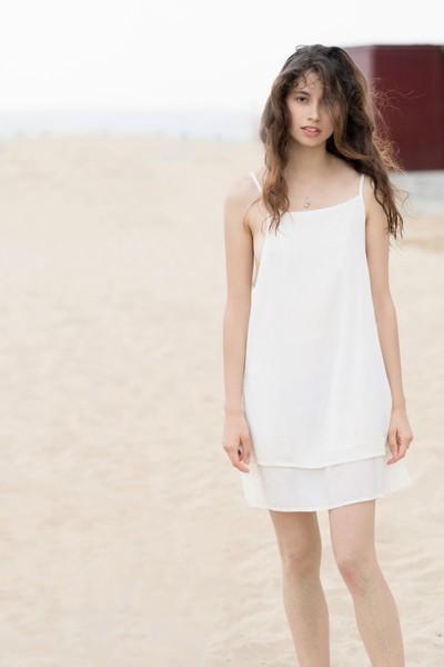 Jessica P :: Wet White Beach Dress :: Loose Hair I