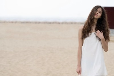 Jessica P :: Wet White Beach Dress :: Loose Hair II