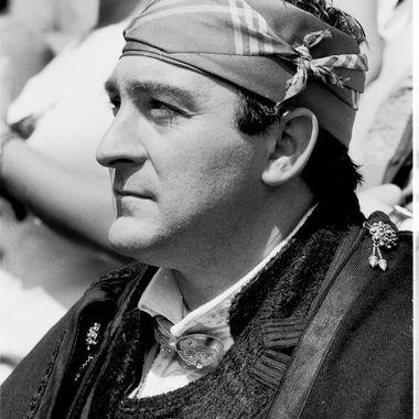 Albercano con el traje tradicional serrano en el Ofertorio del Diagosto.