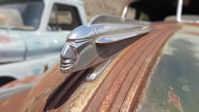 Hood ornament Pontiac