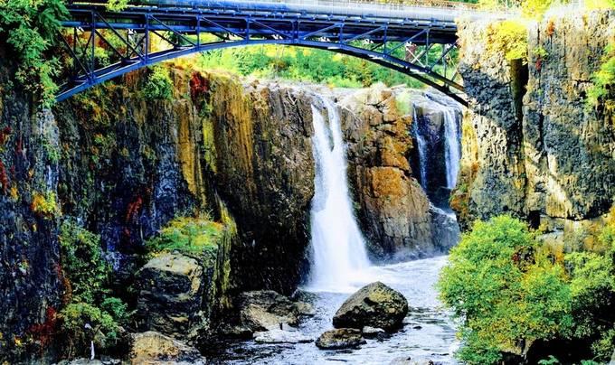 Fall exploration of Great Falls in NJ