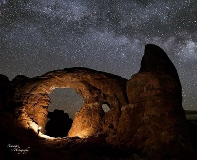 Arches National Park  Turret Arches  In the middle of the night at 2am wake up! ????  I am Refreshed!!! #beautifuldestinations #earthpix #getoutstayout  #stayandwander #tourtheplanet #artofvisuals #goatworthy #departedoutdoors #liveyouradventure #simplyad