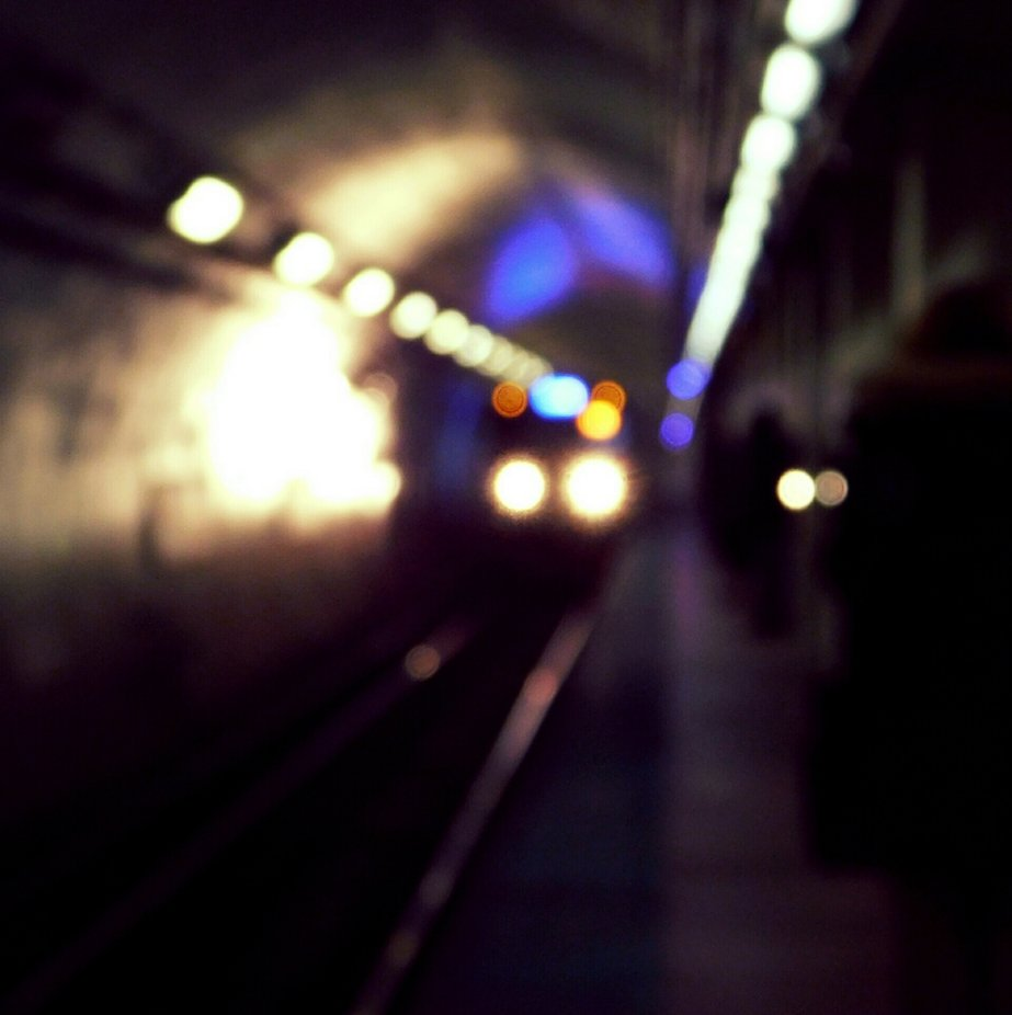 Washington blue line train stop  by JillyP - Public Transport Hubs Photo Contest
