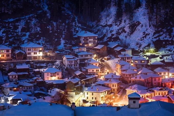 Winter fairytale by Flaviya - Bright City Lights Photo Contest