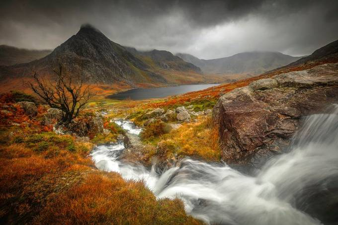 Tryfan by robbates_3378 - Covers Photo Contest Vol 51