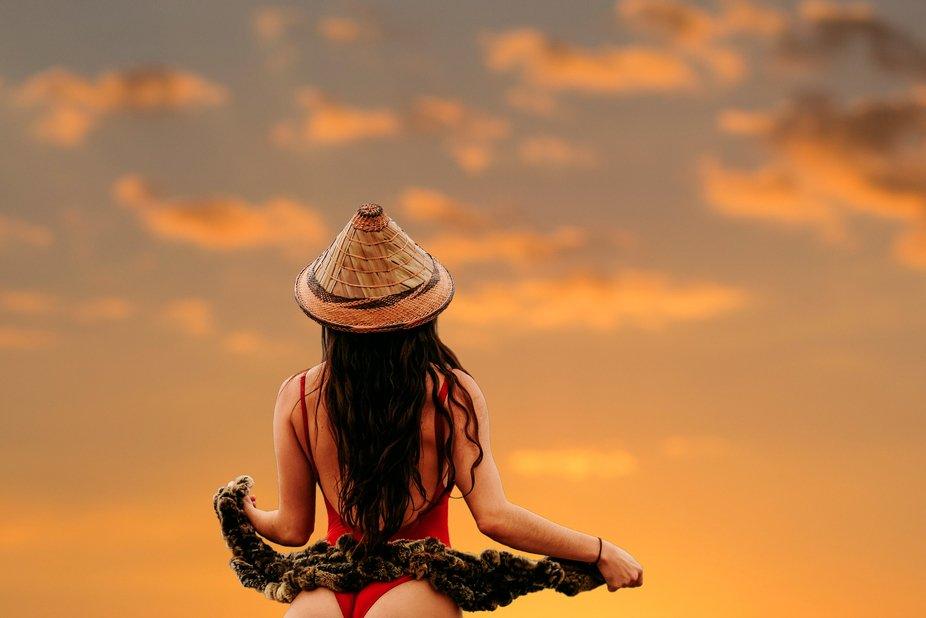 Sunset. Model @alessia_pg x @lostanaw   #beautifuldestinations