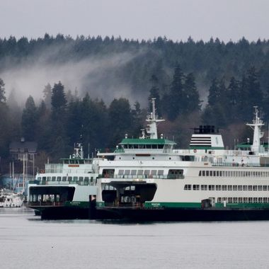 ferries from BI to Seattle
