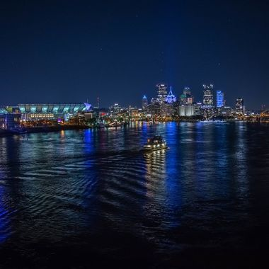 Pittsburgh turns blue to honor the victims of the synagogue shooting