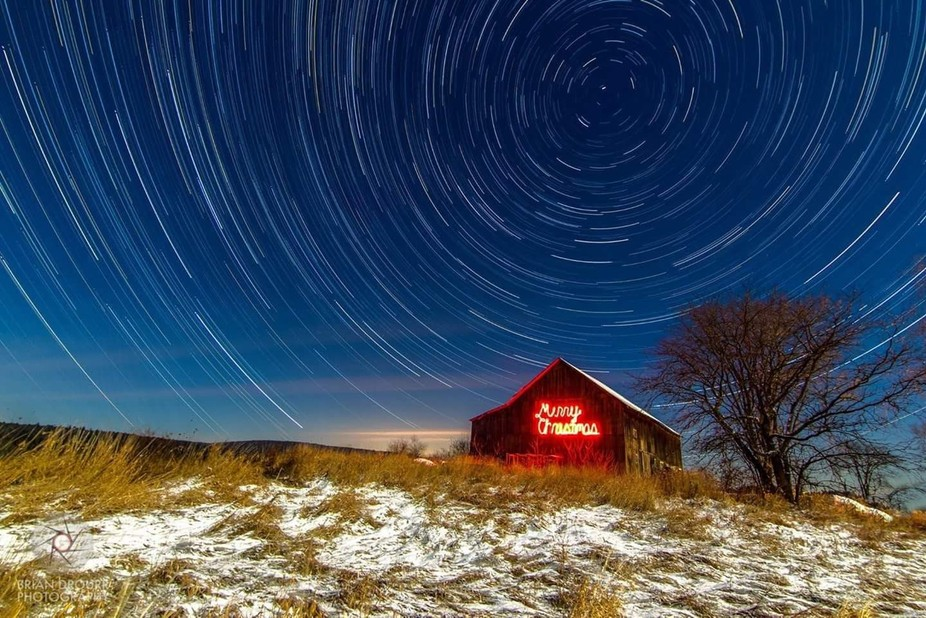 Merry Christmas Barn long Exposure