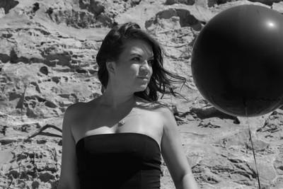 Black Baloon