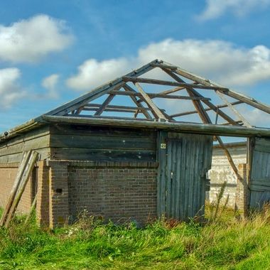 barn in decay,Texel, Holland