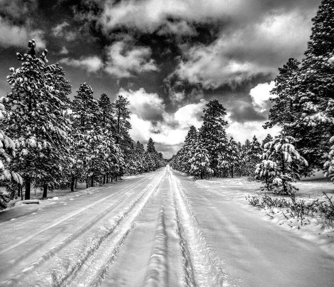 Summit road by troutman29 - Straight Roads Photo Contest