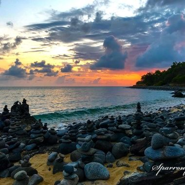 Sunrise @ The Gatz Balancing Rocks North Queensland