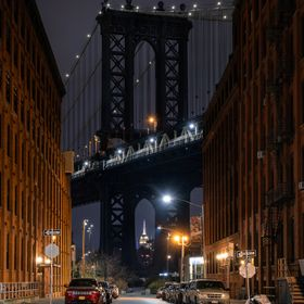 Had a late night out in the DUMBO district of New York. With views across the East River towards Manhattan, I tried to capture several perspectiv...