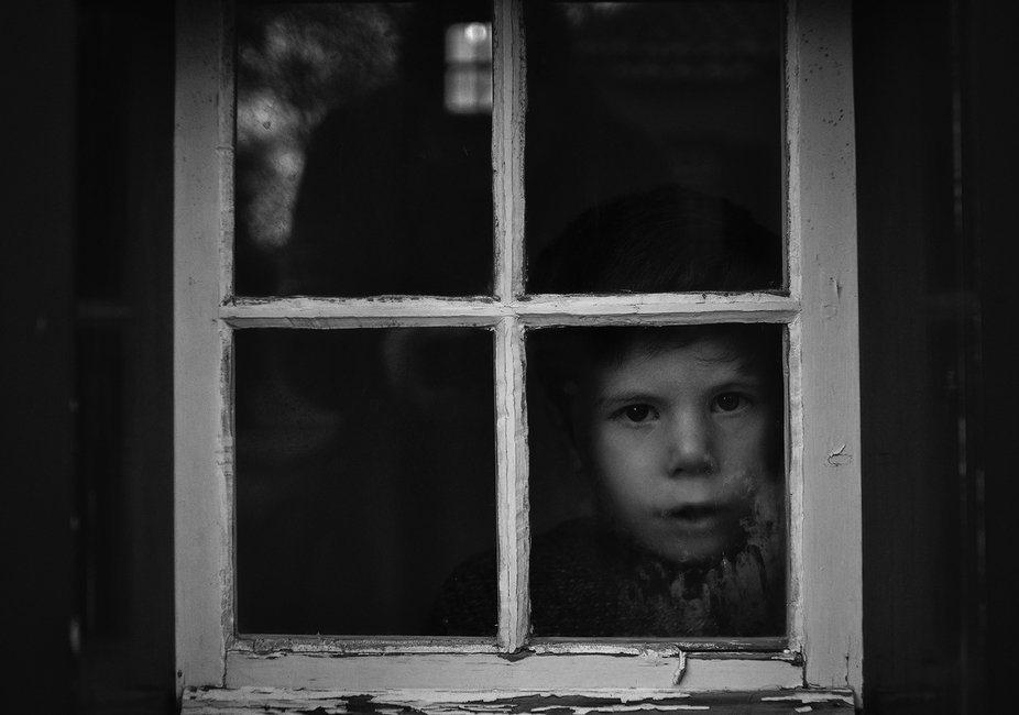 The kid and the window