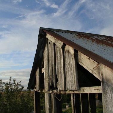 Barn has seen better days